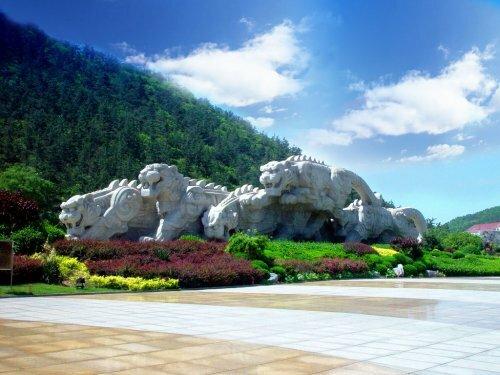 Парк Тигров Лаохутань в Китае