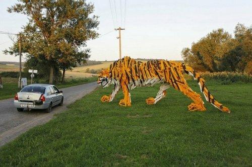Древесный тигр. Венгерская инсталляция с экологическим уклоном